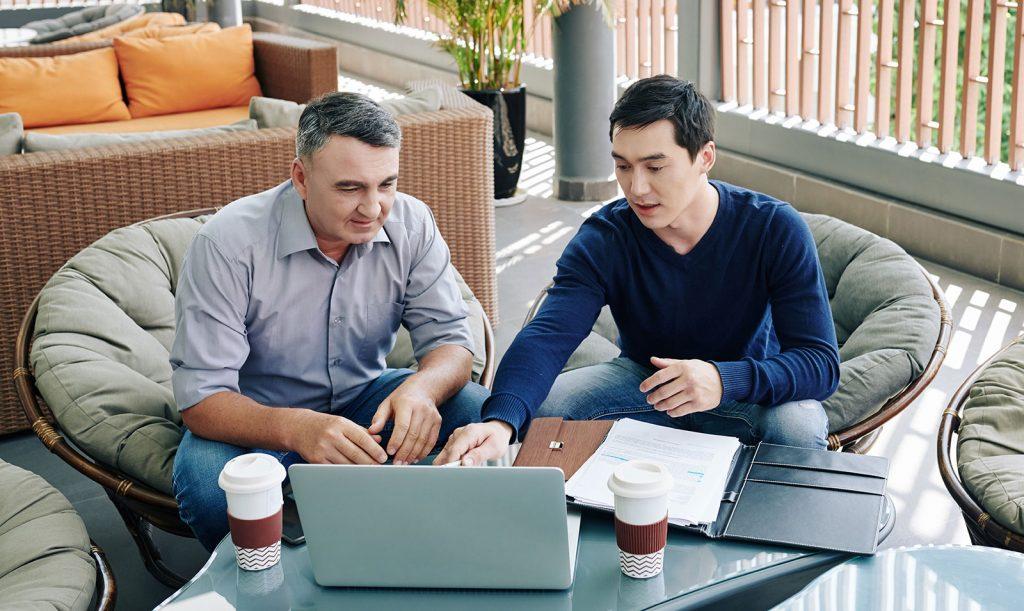 angel investor with entrepreneur